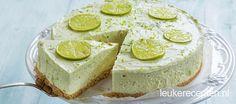 Lichtgroene cheesecake die niet in de oven hoeft en heerlijk fris van smaak is