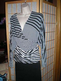 NICOLE MILLER Black/White Long Sleeve Stretch V-Neck Top/#Sweater/Tunic Size Med #NicoleMiller #Tunic