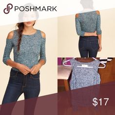 🆕Waffle Knit cold shoulder top! NWOT Brand new without tags never worn exactly as shown in photos size small blue soft knit material 🎉20% off bundles🎉 Hollister Tops