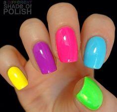 A different shade of polish : photo uñas divertidas, colores neon, uñas de colores Rainbow Nails, Neon Nails, Love Nails, My Nails, Neon Rainbow, Bright Colored Nails, Neon Nail Art, Bright Summer Nails, Summer Colors