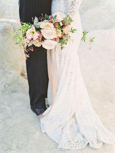 Elegant Wedding Style in the Desert
