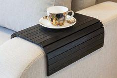 Bandeja de mesa de sofá negro, bandeja TV, mesa de centro de madera, escritorio del regazo para espacios reducidos