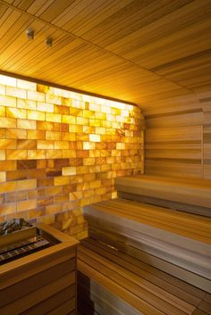 Salt sauna in Omega Spa, Soesterberg. Designed and realized by Japanese Sauna, Sauna Steam Room, Salt Room, Natural Swimming Pools, Natural Pools, Spa Lighting, Sauna Design, Finnish Sauna, Spa Rooms