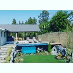 A new design from Canadian company Modpools makes it possible to have a fully-functioning swimming pool set up anywhere in just a matter of minutes, equipped with a built-in sanitation and heating system so you can enjoy it year-round. Backyard Garden Landscape, Small Backyard Gardens, Modern Backyard, Large Backyard, Garden Path, Shade Garden, Mod Pool, Slate Patio, Xeriscaping