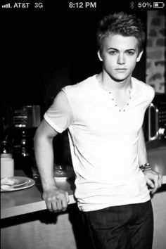 Hunter Hayes-would love to run into this guy in Vegas lol