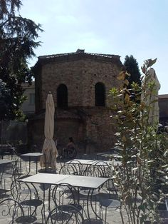 Battistero degli Ariani, piazzetta degli Ariani, Ravenna (RA)