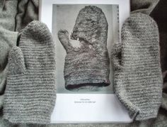 Reconstruction of a historic piece of nalbinding- the Oslo mitten (13th-14th century CE).