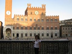 In Siena ... Piazza del Campo with the Palazzo Pubblico at the back