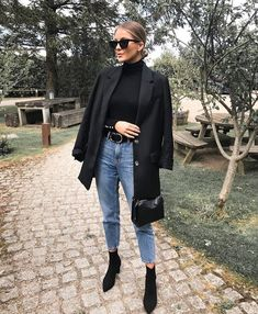 Look blazer com bota Source by mangellipodevin casual chic Winter Fashion Outfits, Fall Winter Outfits, Look Fashion, Autumn Winter Fashion, Woman Fashion, Look Winter, Retro Fashion, Autumn Look, Sporty Fashion