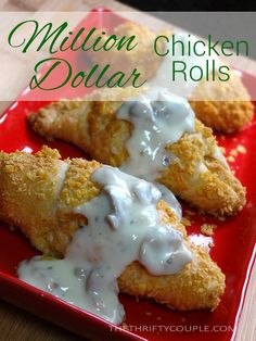 Dollar Chicken Rolls Million Dollar Chicken Rolls Recipe - looking at this makes my mouth water!Million Dollar Chicken Rolls Recipe - looking at this makes my mouth water! Rolled Chicken Recipes, Crescent Roll Recipes, Chicken Crescent Rolls, Pillsbury Crescent Recipes, Crescent Dough, Great Recipes, Favorite Recipes, Rolls Recipe, Food Dishes