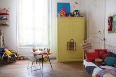 Colchas De Ganchillo Arropando Una HabitacióN Infantil/ Crochet Quilt Tucking  A Child Room