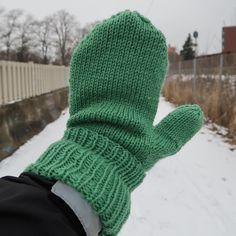 Nye votter 🌿 Gloves, Winter, Instagram, Fashion, Winter Time, Moda, Fashion Styles, Fashion Illustrations, Winter Fashion