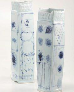 #masamichiyoshikawa #ceramics #contemporary #crafts #porcelain #cobaltblue #vessel #slabbuilding #coiling #도자기 #도자 #도예 #현대공예 #현대도자 #백자 #청백자 #청화 #클레이파크 #대한민국도예전문포털사이트 #도예전문포털사이트