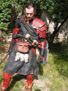 """An other view of my """"celtic Warrior"""" Une autre vue de mon guerrier celtique"""