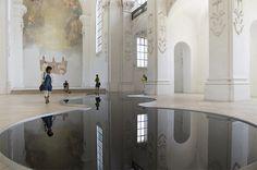 L'Huile de Moteur reflète la splendeur architecturale d'une Eglise suisse - Chambre237