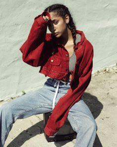 Look Good Women Fashion And Streetwear Good Woman, Denim Editorial, Editorial Fashion, Streetwear Mode, Streetwear Fashion, Streetwear Clothing, Photoshoot Inspiration, Style Inspiration, Color Borgoña