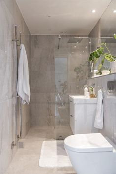 Most beautiful bathroom design with walk in shower and freestanding bathtub 18 Bathroom Design Luxury, Bathroom Layout, Modern Bathroom Design, Bathroom Ideas, Bathroom Inspo, Shower Ideas, Bathroom Design Inspiration, Bathroom Renos, Freestanding Bathtub