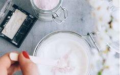 ΥΓΕΙΑ ΚΑΙ ΟΜΟΡΦΙΑ: Φτιάξε την δική σου λοσιόν σώματος με γκλίτερ Blog, Beauty, Blogging
