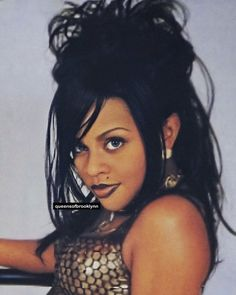 Lil Kim 1996, Floating Candle Centerpieces, Celebs, Celebrities, Hair Inspiration, Brownies, Rap, Art Projects, Black Women