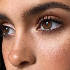 We all know well-groomed brows are the foundation of every great beauty look but if your arches are less than perfect, help is at hand. We sat down with Founder of Blink Brow Bar, Vanita Parti MBE for her top tips.