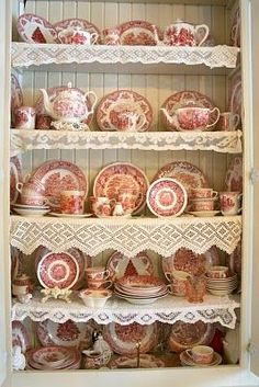 Custom Wall Scape Design Services Decorate with Transferware Plates and Platters as Art - Interior Design Services Antique Dishes, Vintage Dishes, Antique China, Vintage Kitchen, Casa Mimosa, Shabby Vintage, Vintage Lace, Shabby Chic, Custom Wall
