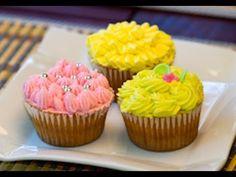 YouTube Buttercream Frosting, Icing, Yolanda Cakes, Sweet Recipes, Cake Recipes, Cakes And More, Mini Cupcakes, Cake Pops, Fondant