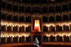 Heiliges Agatha und Teatro Massimo Bellini: Catania Kultur und Geschichte, aber auch Theater und Diva Agatha. Take it Slowly and feel!  #sizilien #kultur #opera #Geschichte #okotour #urlaub #reise #theater