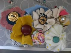 DIY fabric flower necklace