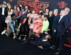 Stranger Things S3 Premiere Red Carpet - Fashion Inspiration and Discovery