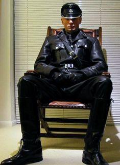 Real Men Wear Leather — furryguy2: lthrgarpigvan: cigargod: Cigar...