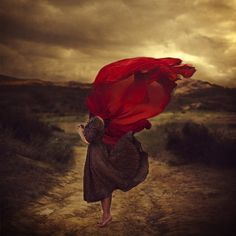 read later: Brooke Shaden : Then and Now: How We Grow