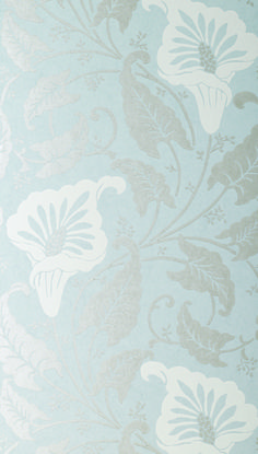 Lavinia has been a staple Anna French fabric design for over 20 years. Inspired by an Art Deco design,the pattern has large calla lilies, and is adapted from a Madras Lace produced in Scotland on 100 year old lace looms recreated here in #wallpaper. Featured in #light #silver on #pale #blue from the Glamour collection. #Thibaut #AnnaFrench