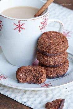 Paleo Chocolate Mint Macaroons - Danielle Walker's Against all Grain