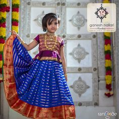 Lovely Mother Daughter Outfit Inspiration To Glow on Special Days! Frocks For Girls, Dresses Kids Girl, Kids Outfits, Baby Frocks Designs, Kids Frocks Design, Kids Dress Wear, Kids Wear, Kids Ethnic Wear, Kids Blouse Designs
