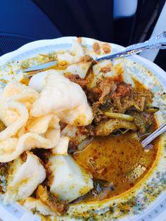 Lontong Tunjang Uda Rusdi at Barukoto I Bengkulu || Rice Cake and Tunjang Curry by Uda Rusdi at Barukoto I Bengkulu