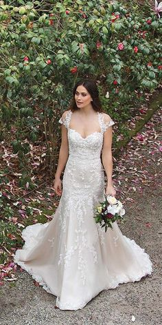Vintage Inspired Wedding Dresses ❤ See more: http://www.weddingforward.stfi.re/vintage-inspired-wedding-dresses/ #weddings