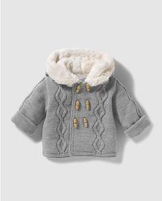 Baby Kids, Baby Boy, Knitted Slippers, Kids Coats, Kawaii Clothes, Kids Wear, Crochet Baby, Knitwear, Knitting