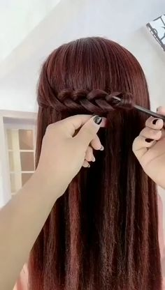 So easy and creative 😍😍 Trendfrisuren Chad, akkurater Mittelscheitel oder French Lower Pass away Hairstyles For Layered Hair, Hairstyles For Medium Length Hair Tutorial, Super Easy Hairstyles, Up Hairstyles, Braided Hairstyles, Easy Hairstyles Tutorials, Creative Hairstyles, Hair Up Styles, Medium Hair Styles