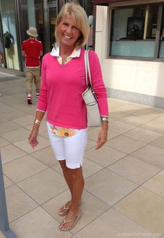 Fashion Outfits: Classic summer preppy ~ fashion over 40 Clothes For Women Over 50, Fashion For Women Over 40, 50 Fashion, Womens Fashion For Work, Look Fashion, Women's Fashion Dresses, Preppy Fashion, Fashion Women, Fashion Styles