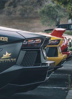 Lamborghini Bat-Aventador // #WORMLAND Men's Fashion Car Style
