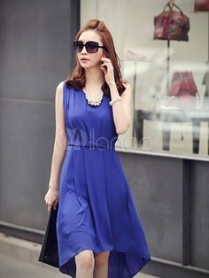 Attractive Blue Crewneck Twisted Sleeveless Maxi Dress for Woman