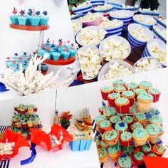 Conitos de papel para papitas y palomitas. Cup cakes con figuritas marinas y decoración muy marinera para la mesa de postres.