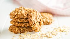 Lactation cookies recipe that works FAST and tastes great! of our members say BellyBelly's lactation cookies increased their breastmilk supply. Oat Cookie Recipe, Oat Cookies, Lactation Cookies, Protein Cookies, Biscuit Cookies, Biscuit Recipe, Cookie Recipes, Oaty Biscuits, Lactation Recipes