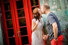 #prewedding #photoshoot #savethedate #engagement #fotograf #nunta Couple Photography, Engagement Photography, Photography Poses, Wedding Photography, Winter Engagement Photos, Engagement Pictures, Couple Posing, Couple Photos, Engagement Photo Inspiration
