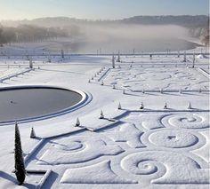 paris in the snow - Sharon Santoni