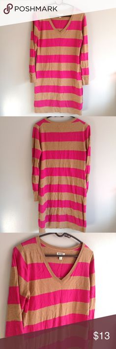 Long V-Neck Striped Sweater Top/Dress Perfect to throw over leggings or wear as a dress depending on your height. Pink & Brown Stripes. Long sleeve. Material shown in last photo. Old Navy Sweaters V-Necks