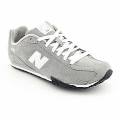 New Balance Women's Regular Suede Athletic New Balance Women, New Balance Shoes, Adidas Shoes Outlet, Cheap Nike Air Max, Site Nike, Nike Free Shoes, Fall Outfits, Athletic Shoes, Sneakers