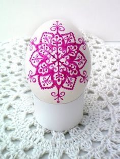 faux pysanky eggs using Sharpies