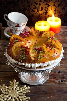 Roscón de reyes   Yerbabuena en la cocina Winter Christmas, Christmas Time, Xmas, Old Fashioned Sweets, Spanish Desserts, My Dessert, Chicken Salad Recipes, Secret Recipe, Sweet Bread