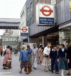Resultados de la Búsqueda de imágenes de Google de http://www.urban75.org/brixton/features/images/brixton_tube9.jpg